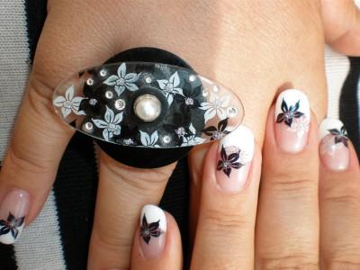 Stamping Schwarz Weiß auf French und Ring