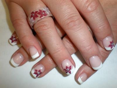 Gelring mit Stamping Blume rot weiß