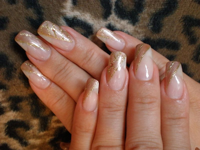 gold planet nails pimp nails. Black Bedroom Furniture Sets. Home Design Ideas